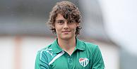Manchester Cityye transfer olan Enes ailesiyle vedalaştı