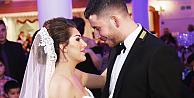 Fulya ve Bektaş, Londrada rüya gibi bir düğünle evlendi