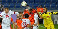 Galatasaraya bu defa da Başakşehirden 4 gol yedi