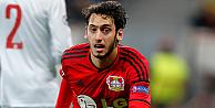 Hakan Çalhanoğlu, 'en yetenekli genç futbolcular' listesinde