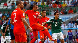Hollanda'nın son dakika dönüşü: 2-1