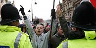 İngilterede ilk PEGIDA yürüyüşü düzenlendi