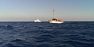 Batma tehlikesi geçiren mülteci gemisinden yardım çağrısı