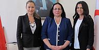 KKTC Londra Temsilciliği Kadın Diplomatlara Teslim