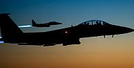 Koalisyon uçakları Türkiye sınırını vurdu