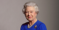 Kraliçe II. Elizabeth ilk tweet'ini attı
