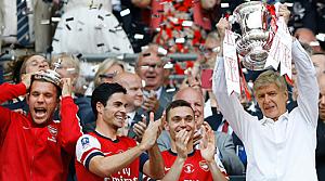 Arsenal kupanın sahibi oldu