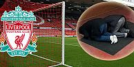 Liverpool, statta namaz kılan taraftarlarına sahip çıktı