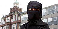 Londrada peçe takan öğrenciye yasak geldi