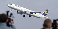 Lufthansa zor günler geçiriyor