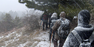 Mahsur kalan 19 dağcı kurtarıldı