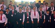 Marathon öğrencileri dersi için İngiliz Parlamentosunda