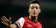 Mesut Özil eleştirileri cevapladı