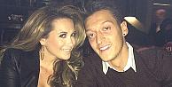 Mesut Özil'in yüzünü güldüren gelişme