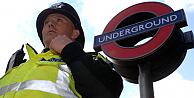 Metroda terör saldırısı paniği