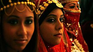 Mısırlı gençler evliliği okulunda öğrenecek!