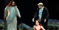 Operada Hz. İsa skandalı: Kilise ayağa kalktı