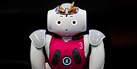 Robot Nao, BMWnin direksiyonuna geçti