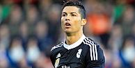 Ronaldodan İslam düşmanlarına sert tepki!
