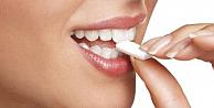 Sakız Dişler İçin Yararlı mı Zararlı mı?