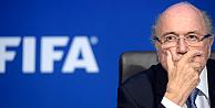 Sepp Blatterin FIFA başkanlığı askıya alındı