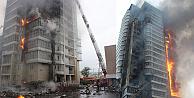 Sibiryada 25 katlı bina alev alev yandı