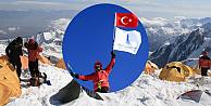 Türk bayrağı Avrupanın zirvesine diktiler!