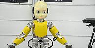 Türkiyenin çocuk robotu büyümeye başladı