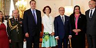 Türkiyenin Londra Büyükelçiliğinde 30 Ağustos resepsiyonu