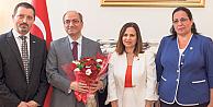 Türkiyenin Londra Büyükelçiliğine Şükran ziyareti
