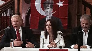 Uğur Dündar CHP'nin toplantısında konuştu