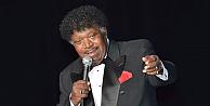 Ünlü RB şarkıcısı hayatını kaybetti