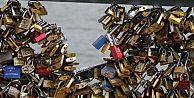 Venedikte aşk kilitlerine karşı savaş