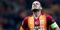 Yenilgi Sneijderi çıldırttı ve kapıyı parçaladı!