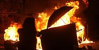 Yunanistan alev alev yanıyor!