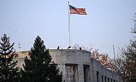 ABD Büyükelçiliği önünde ateş açtı