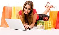İngilizler Noel alışverişinde interneti tercih etti