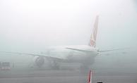 İstanbul'da hava ulaşımına sis engeli
