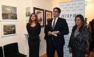 'İstanbul Londra ile Buluşuyor' Sergisi Londra'da Açıldı