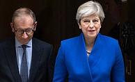May, yeni hükümeti kurmak için kolları sıvadı