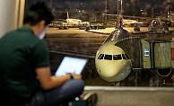 İngiltere uçuşlarında elektronik cihaz yasağı kalkıyor