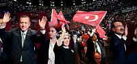Merkel'i yuhalayanları Başbakan Erdoğan susturdu!