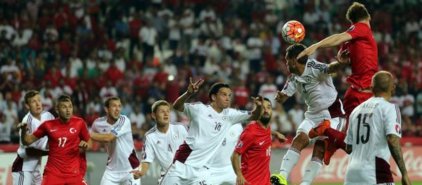 Türkiye, Letonya karşısında Selçukla öne geçti, ama koruyamadı