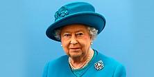 Kraliçe Elizabeth bu defa eşarplı