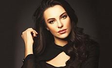 Güzel oyuncu Tuvana Türkay Londra'da yaşayacak