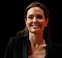 Angelina Jolie'nin Unbroken'ın filminin tanıtım videosu