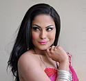 Bollywood yıldızı dine hakaretten hapse girecek
