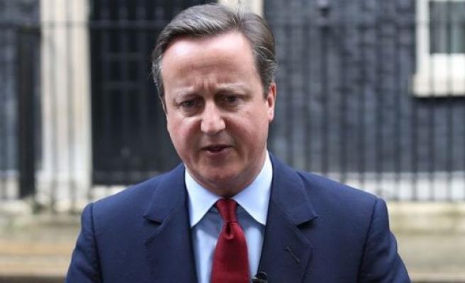 Cameron çarşamba günü istifasını sunacak