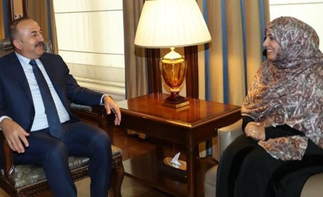Çavuşoğlu, Nobel Barış Ödülü sahibi Karman'ı kabul etti