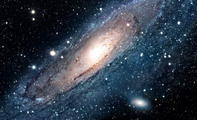 Galaksiler çarpıştı, yıldız ve gaz tsunamisi ortaya çıktı